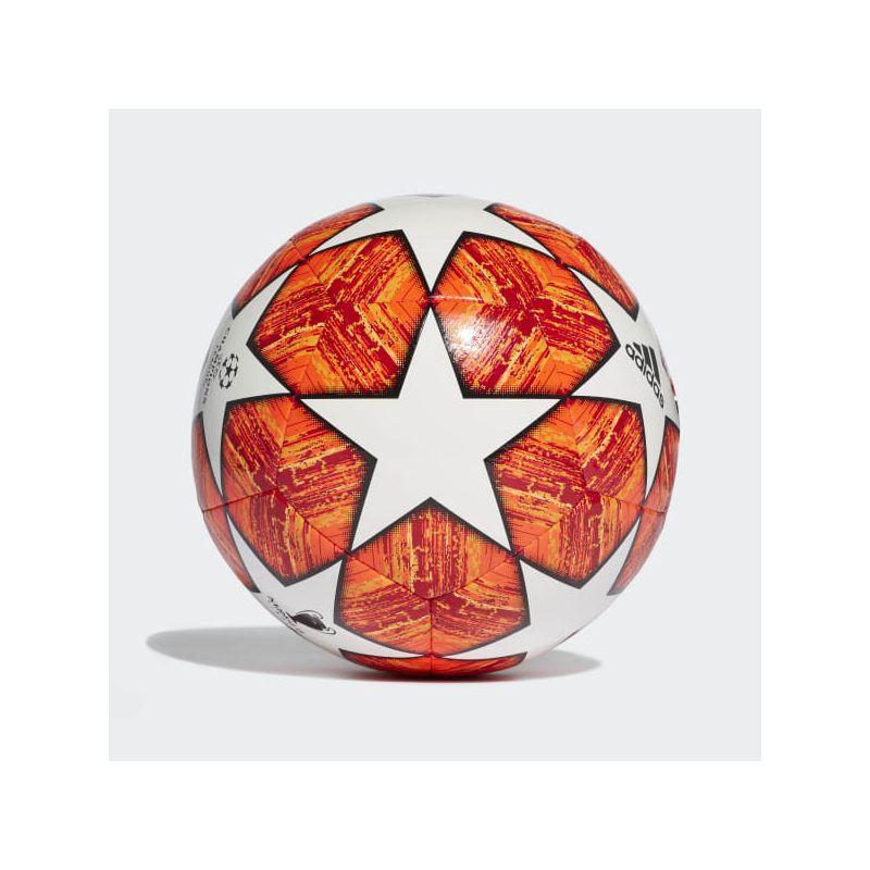 Futsalová lopta Adidas Finale M Sala (PL) + darček Mitre Indoor V7!