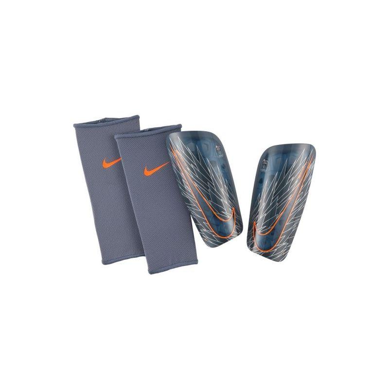 Futbalové chrániče Nike Mercurial Lite + darček štulpne !