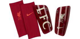 Futbalové chrániče Nike Mercurial Lite Liverpool + darček kľúčenka Liverpool!